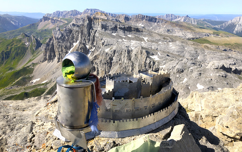 Summit of the Mesa de los Tres Reyes, with a model of the castle of Javier, patron saint of Navarre.