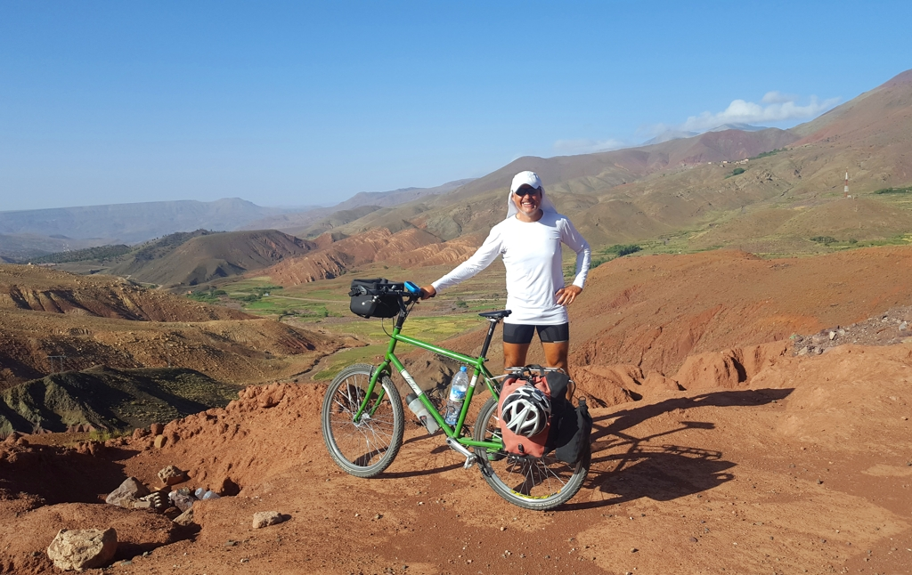 Mikel Bringas with his bicycle in the Atlas Mountains
