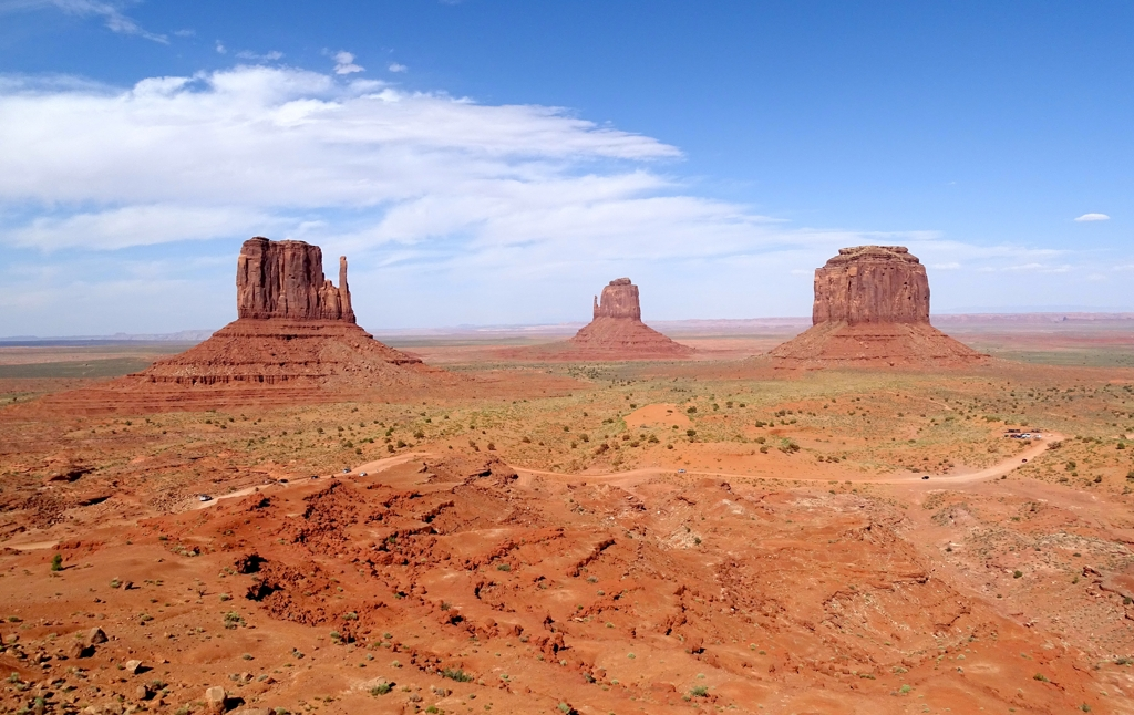 The rocky Monument Valley, the most typical image of the Navajo Reserve, between the states of Utah and Arizona.